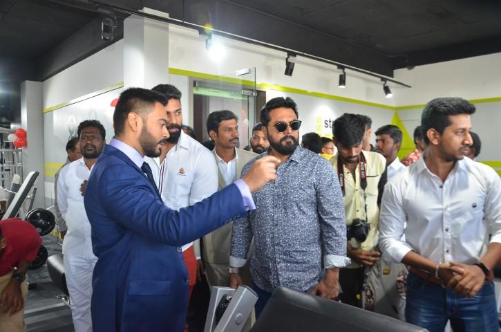 Actor Sarathkumar Inaugurated Flux Fitness Studio (9)