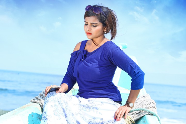 Actress Anju Kriti Photoshoot Images (5)