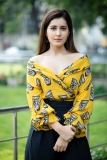 Actress-Raashi-Khanna-Latest-Pictures-(1)