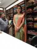 Actress RAASHI KHANNA latest stills (1)