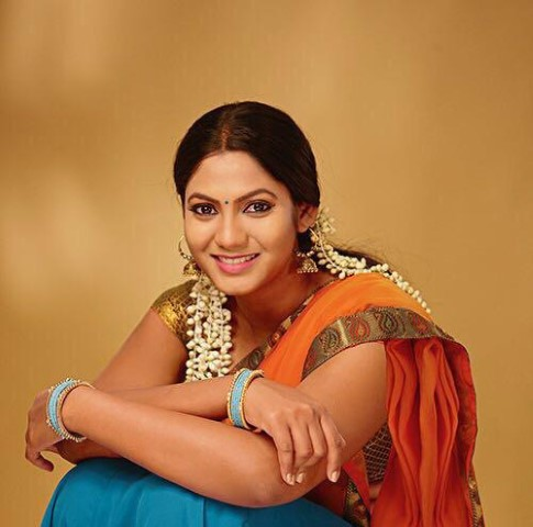 Actress-Shruti-Reddy-New-Photos-24