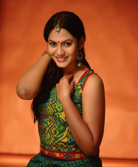 Actress-Shruti-Reddy-New-Photos-25