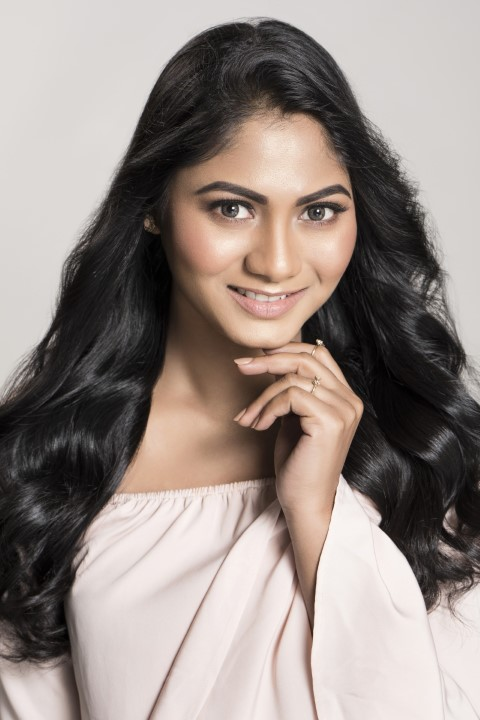 Actress-Shruti-Reddy-New-Photos-5