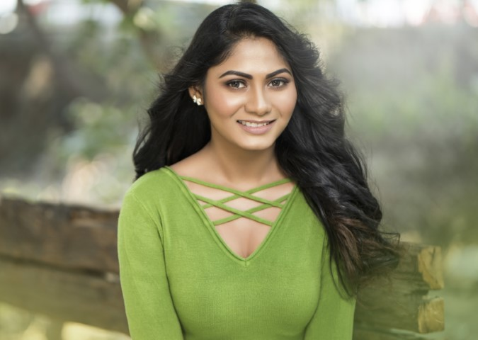 Actress-Shruti-Reddy-New-Photos-8