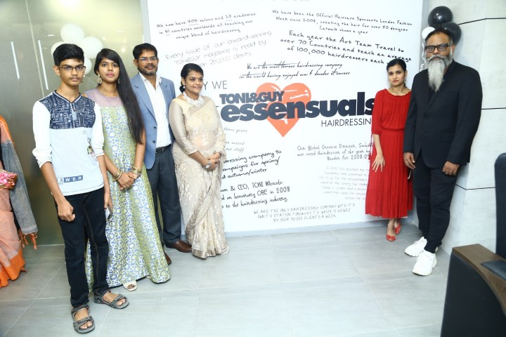 Essensuals-Hairdressing-By-Toni-Guy-at-New-Perungalathur-27