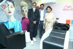 Essensuals-Hairdressing-By-Toni-Guy-at-New-Perungalathur-20