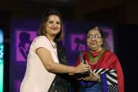 NEESHA AMRISH, VEENA AGGARWAL (R) at FEMINA SUPER DAUGHTERS AWARDS 2017