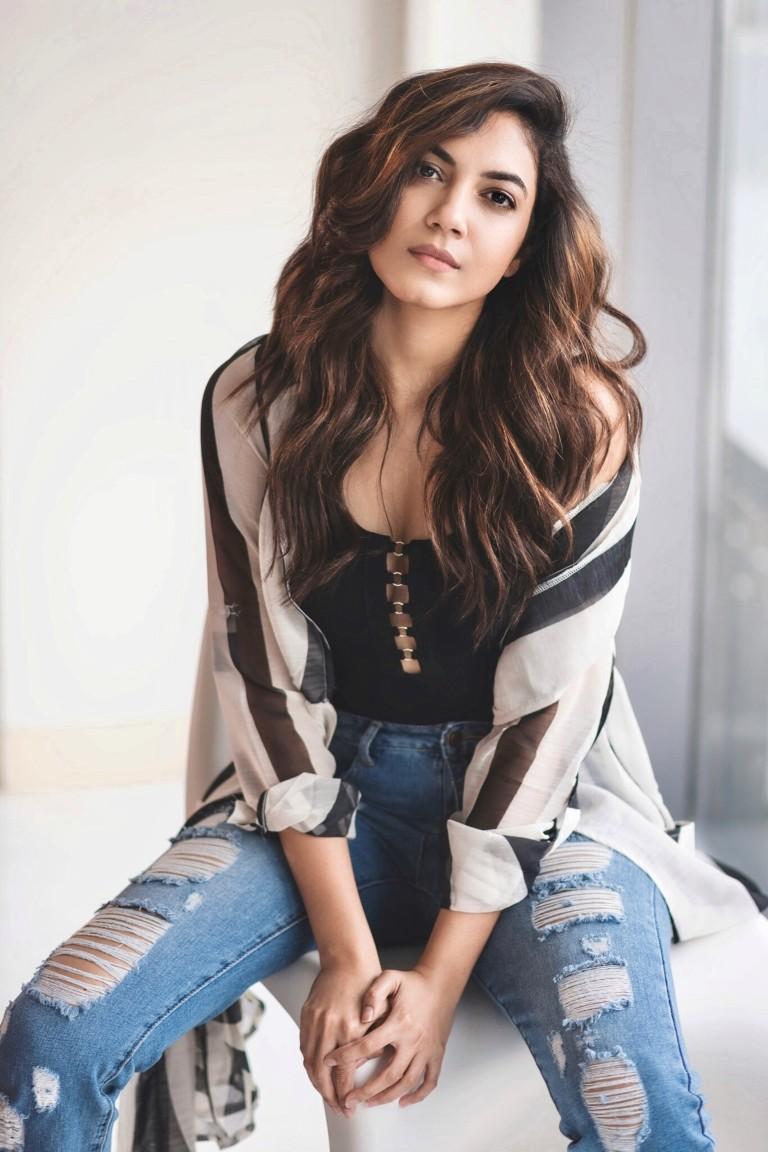 Actress-Ritu-Varma-4
