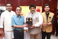 KALYAN JEWELLERS FORMAL INAUGURATION 230920161 (11)
