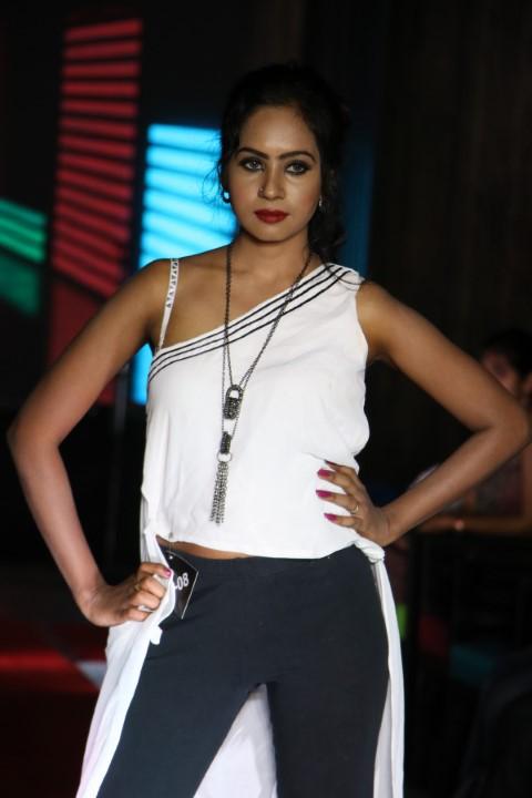 Trella's Photogenic Fashion show (21)