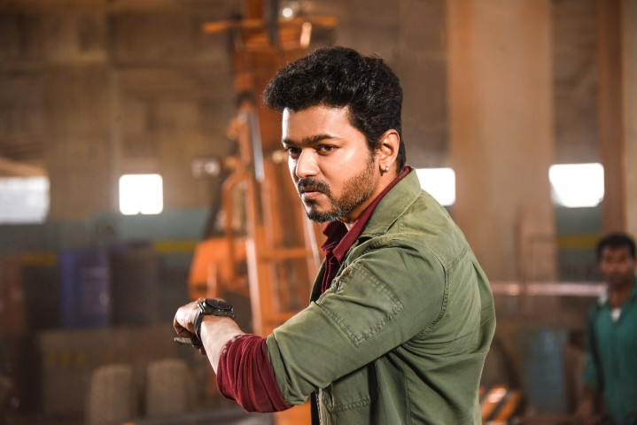 SARKAR MOVIE STILLS (2)
