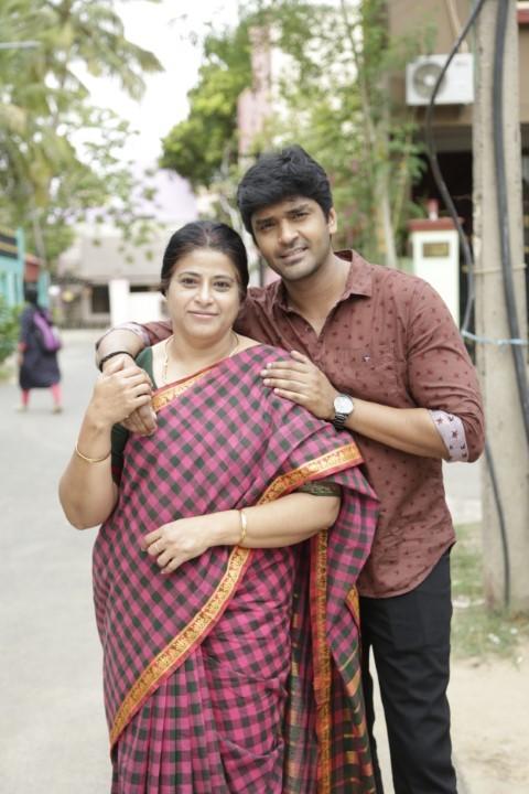 Thiruvalar-Panjangam-Movie-Stills-1