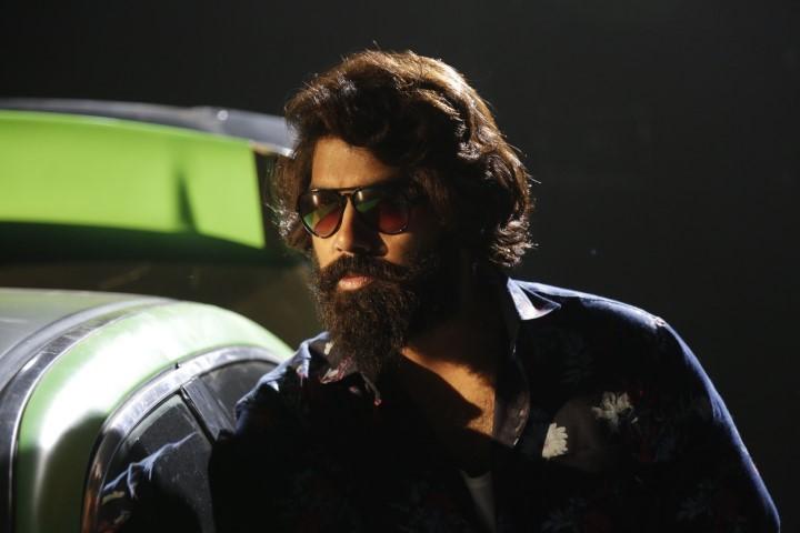 Thiruvalar-Panjangam-Movie-Stills-8