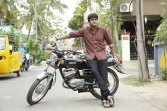 Thiruvalar-Panjangam-Movie-Stills-2