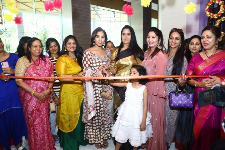 Two Day Designer exhibition by STYLE BAZAAR (26)