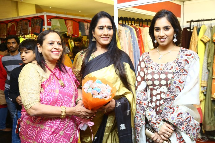 Two Day Designer exhibition by STYLE BAZAAR (27)