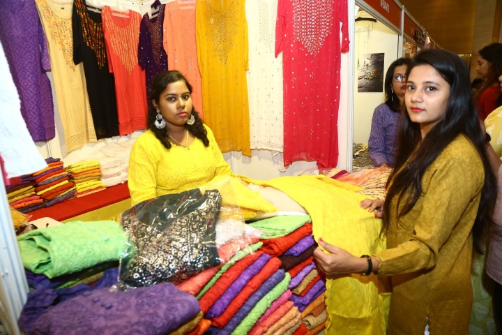 Two Day Designer exhibition by STYLE BAZAAR (44)